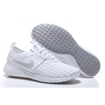chaussure nike juvenate femme