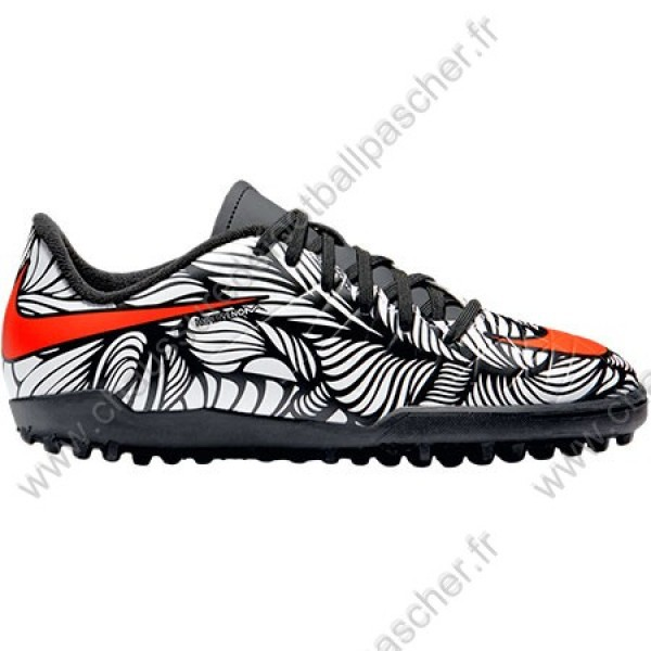 Salle Chaussure Foot Solde Nike De tdoQrBhsxC