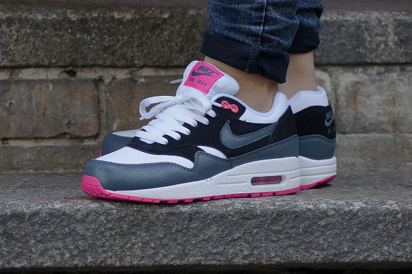 separation shoes 6dce0 86c45 nike air max one pour femme