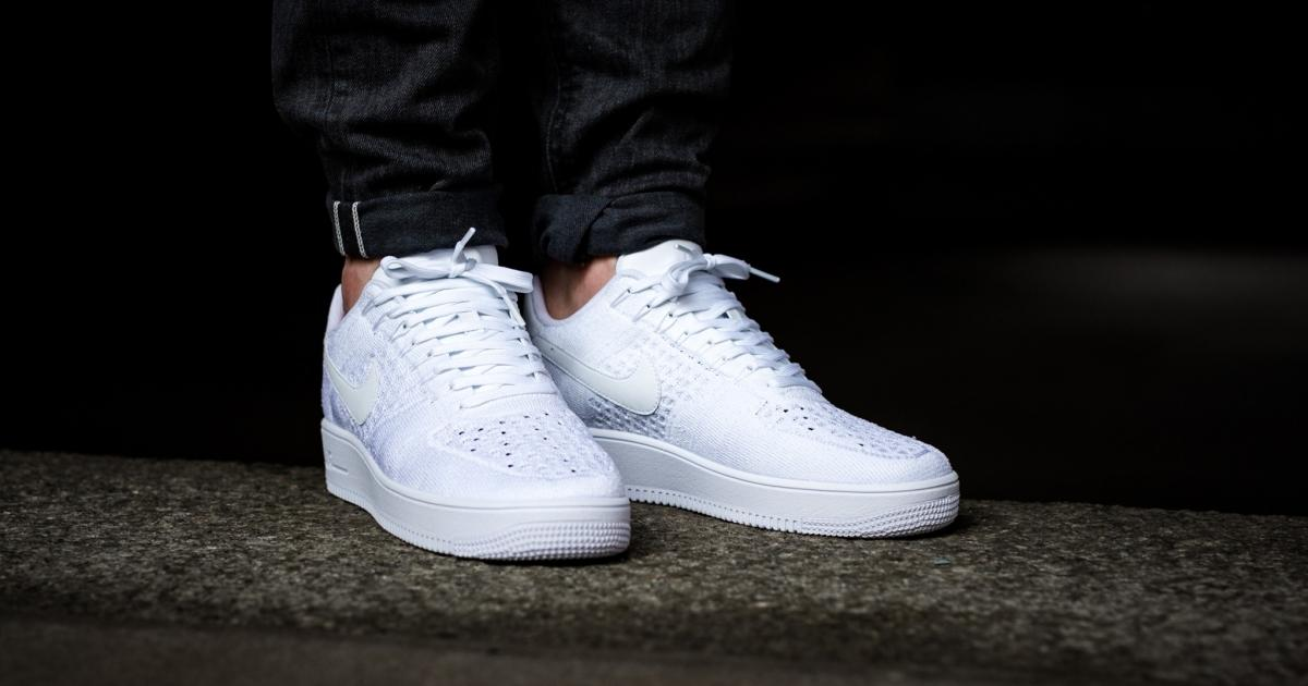 online retailer 98caa fcb23 Détails. air force one ultra blanche