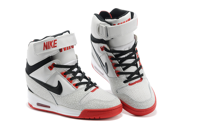 basket nike montant homme pas cher